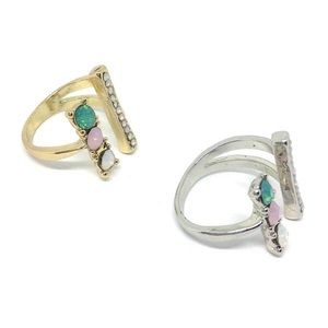 Jewelry - Tricolour Stone Cuff Rings